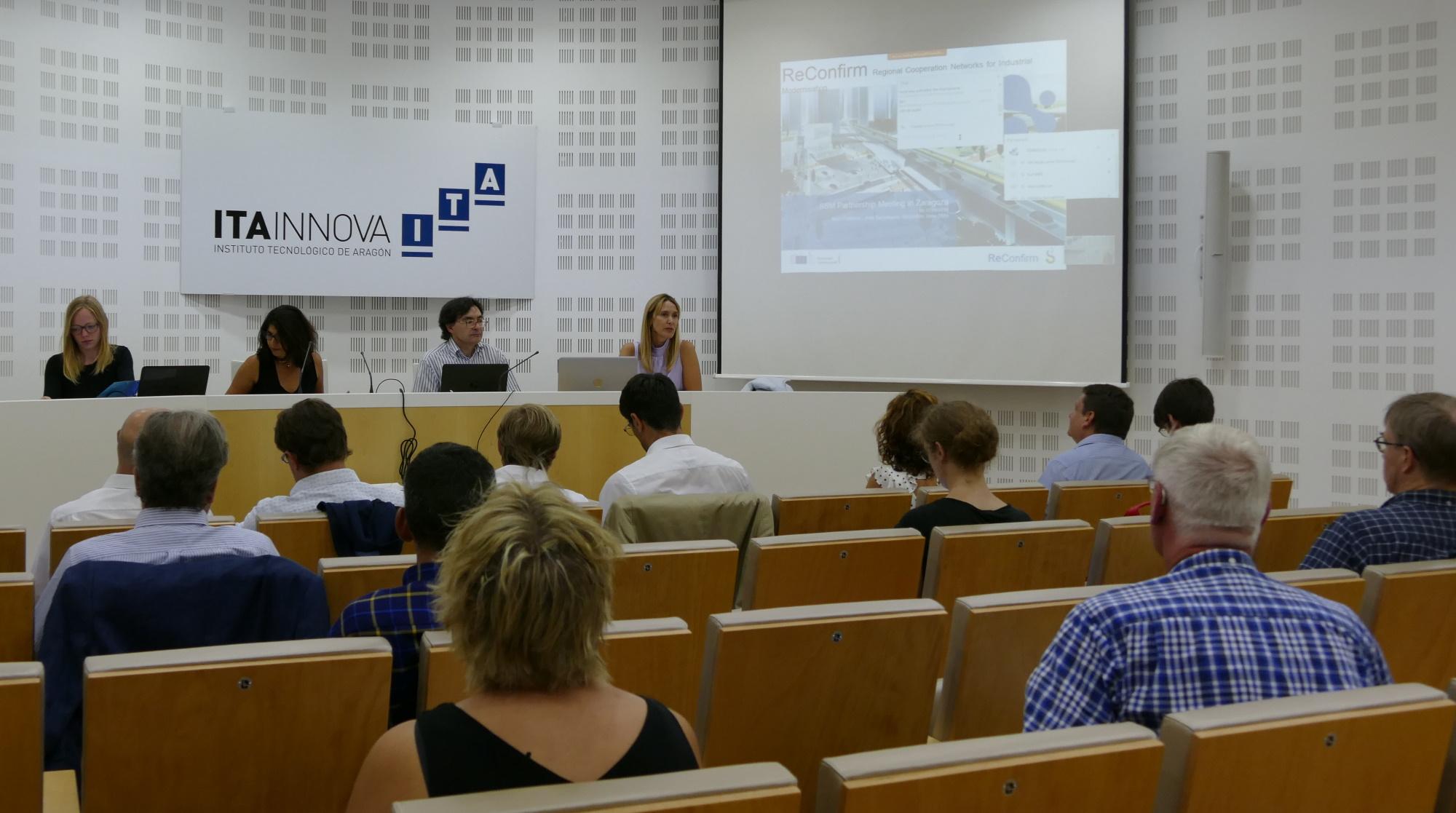 ITAINNOVA acoge la reunión plenaria de la Plataforma Interregional Europea de Movilidad Sostenible y Segura