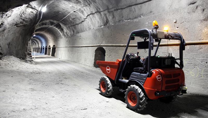 Dúmper autónomo para el desescombro de túneles
