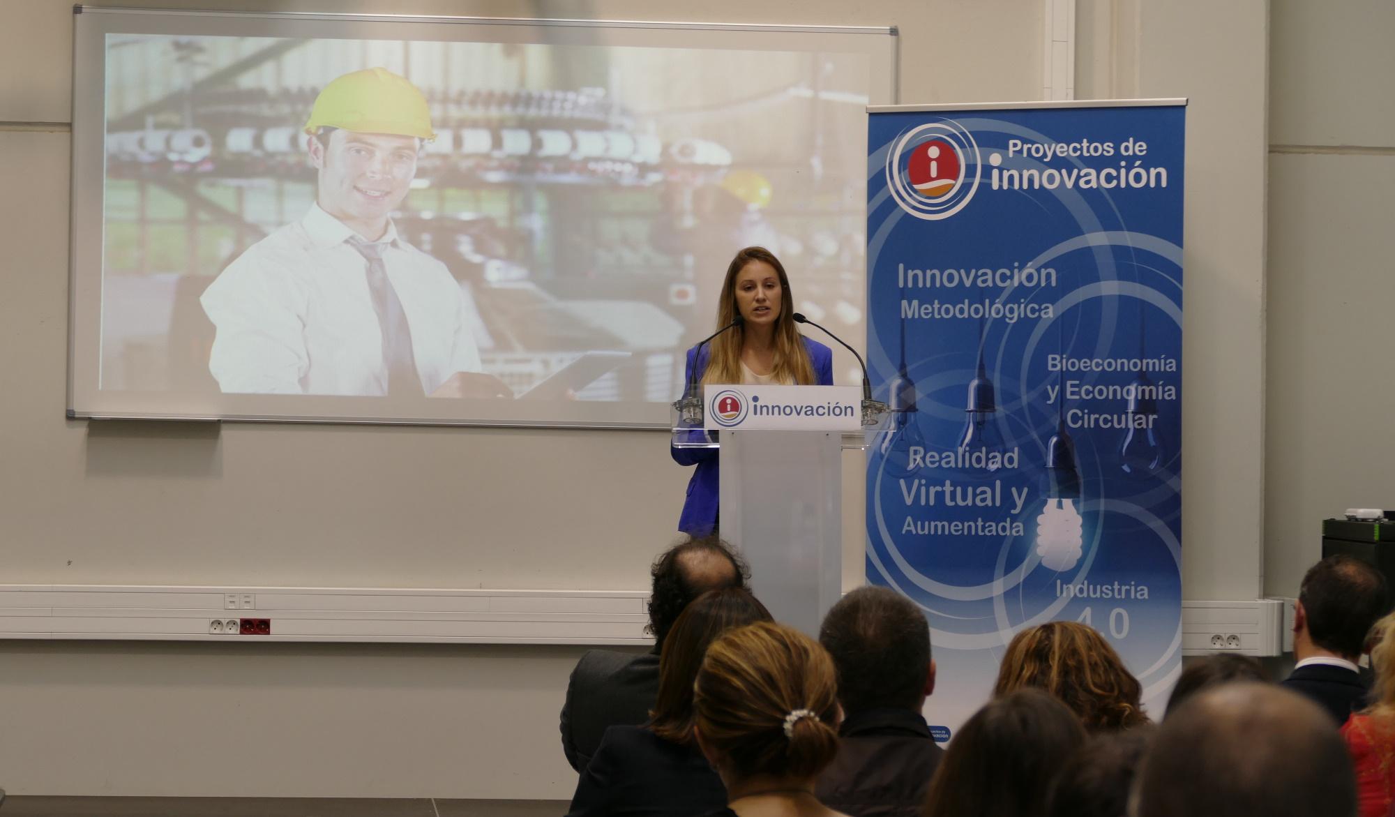 """La directora de ITAINNOVA participa en la jornada """"Innovación en FP en un mundo digital"""""""