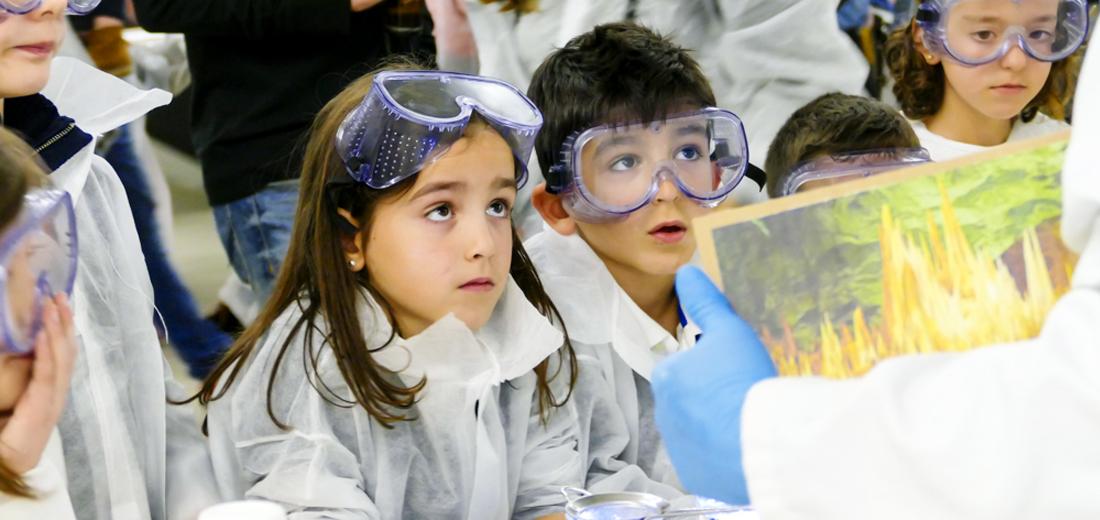 CiencITA, donde ITAINNOVA enseña la ciencia a los niños