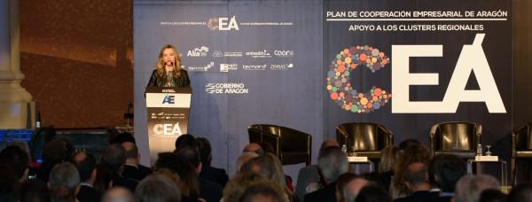 Pilar Alegría dando inicio al acto de presentación del Plan de Cooperación Empresarial de Aragón
