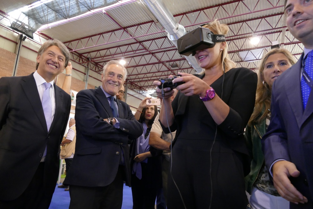 grupo con oculus
